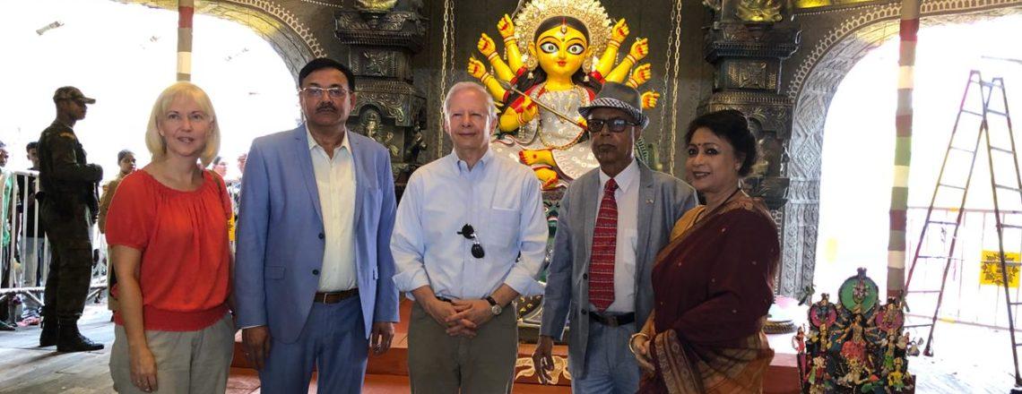 Ambassador Juster Visits Kolkata for Durga Puja